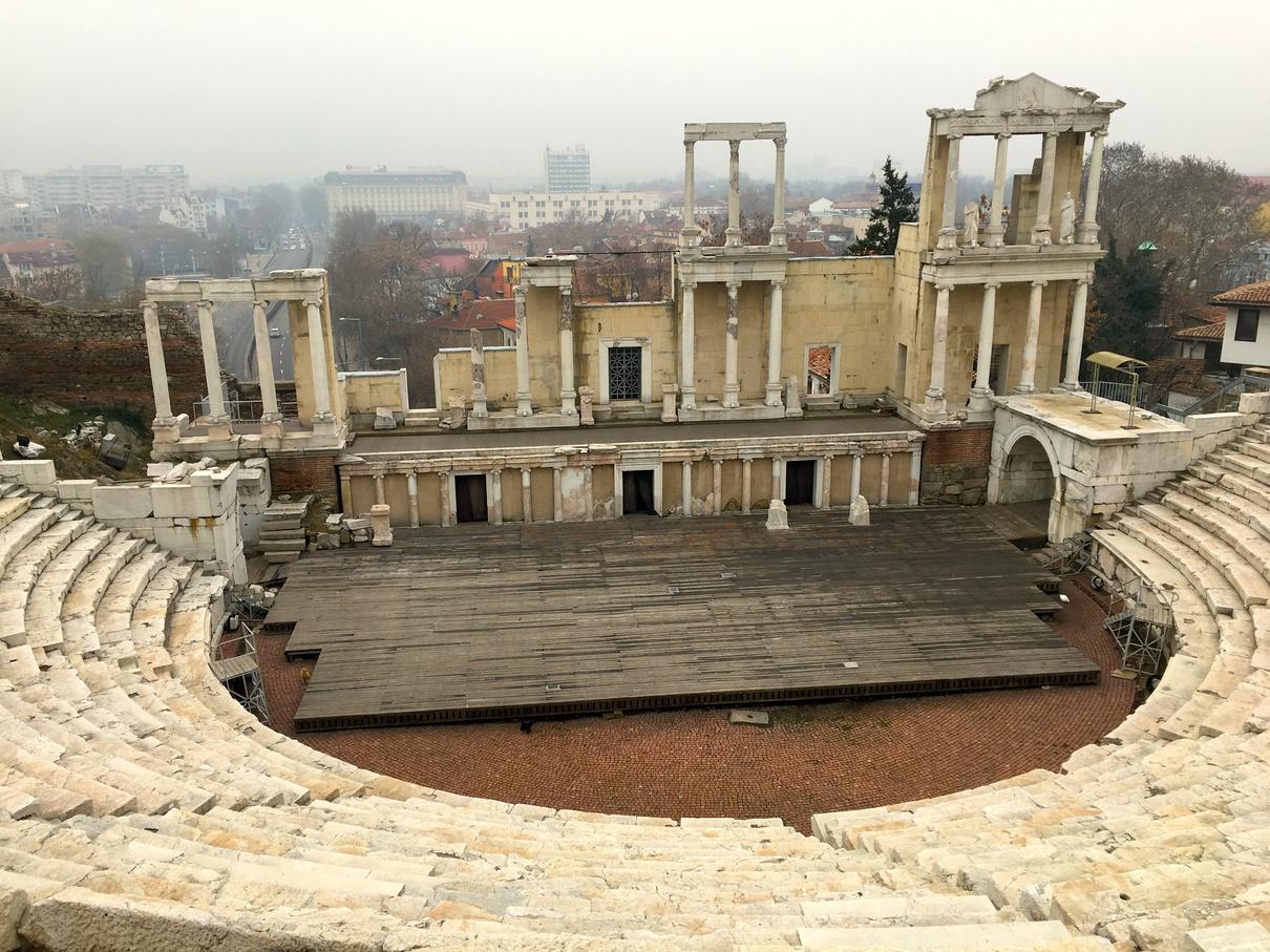 普羅夫迪夫羅馬劇場