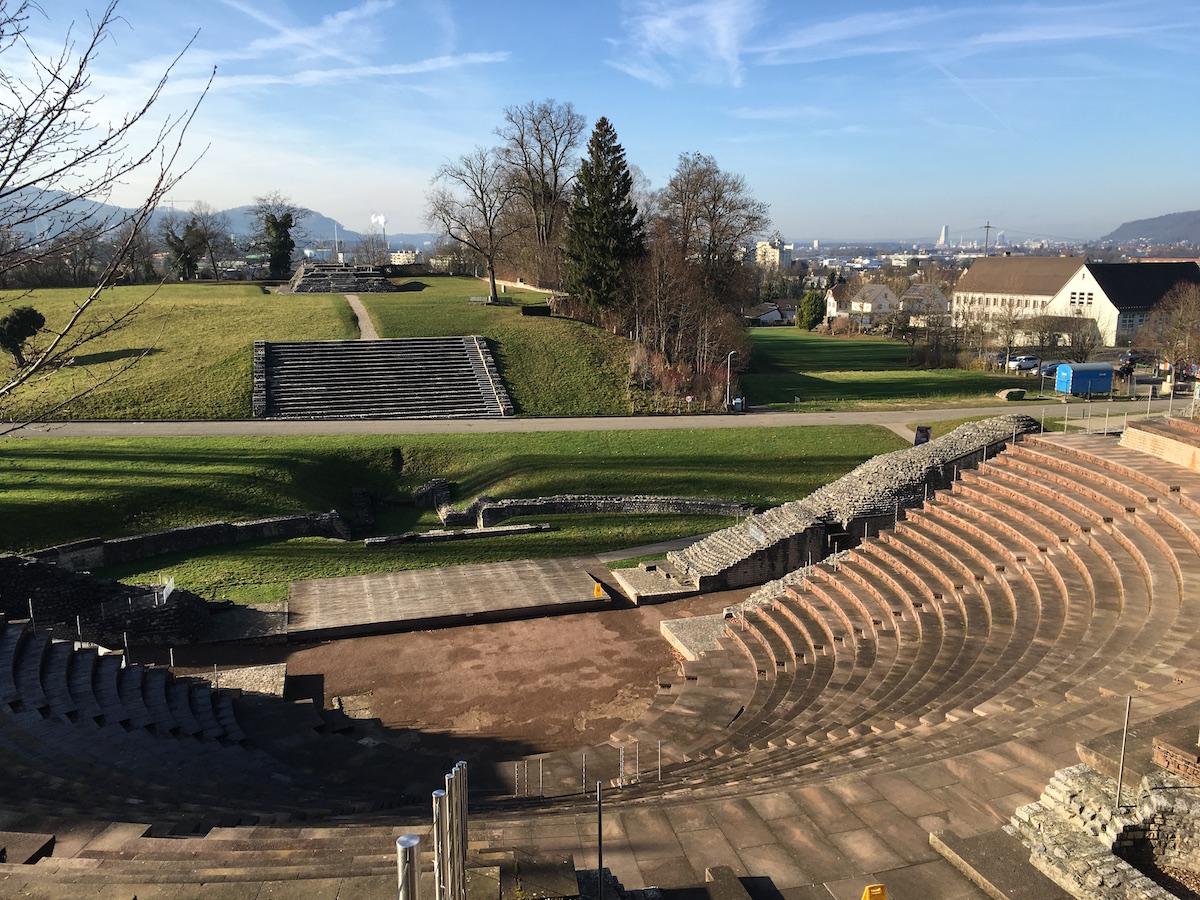 奥古斯塔劳里卡古罗马遗迹