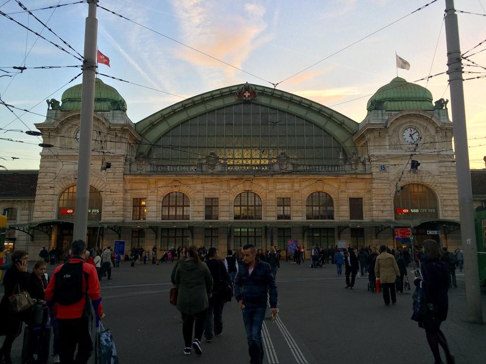 巴塞爾瑞士火車站